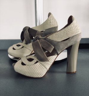 Escada High-Heeled Toe-Post Sandals light grey-grey