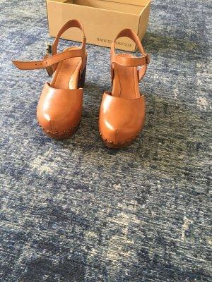 TEN POINTS Sandalias con plataforma coñac-marrón Cuero