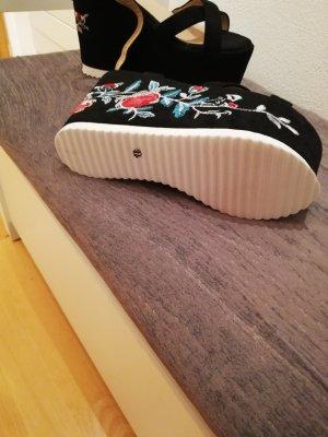 Catisa Platform High-Heeled Sandal black