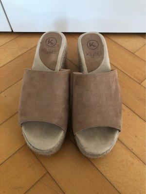Sandales à plateforme beige-crème