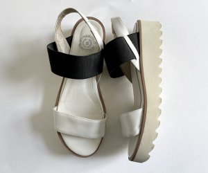 Platform High-Heeled Sandal white-black