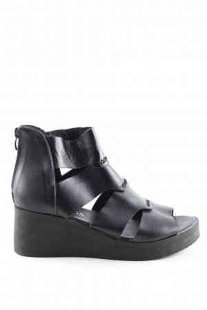 Platform High-Heeled Sandal black casual look