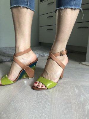 PLATEAU- Sandaletten GUESS