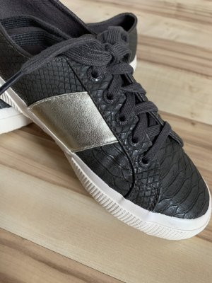 "Plateau-Sneaker ""2750 Pusnakew"" von Superga"