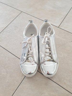 H&M Sneaker con zeppa argento