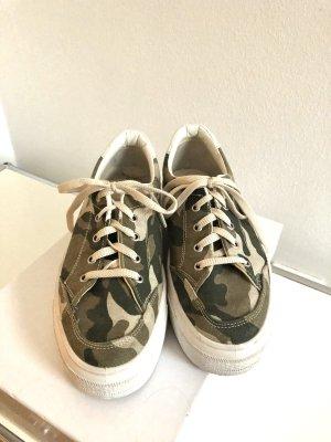 Plateau Sneaker | Camouflage | Asos | wie Superga