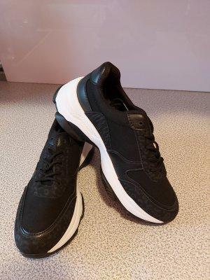 Sneakers met hak wit-zwart