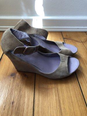 Plateauschuhe * Sandalen mit Keilabsatz