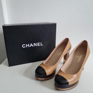 Platform Pumps in beige and black - Chanel