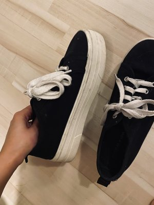 Pull & Bear Wedge Sneaker black
