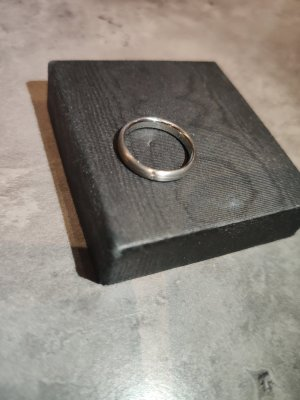 Platin Ring mit Brillanten