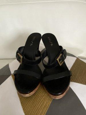 Platoe Sandalette von UNISA in schwarzem Festen Leder Gr 40