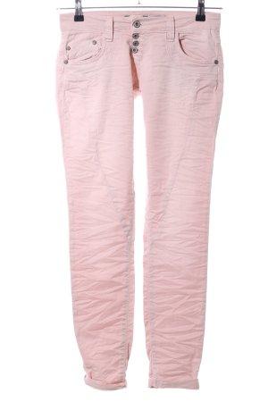 Please pantalón de cintura baja rosa look casual