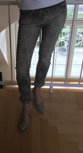 Please-Jeans, Modell P87