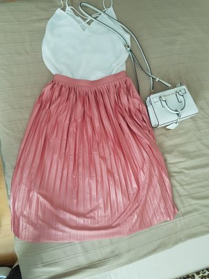 Vero Moda Pleated Skirt pink