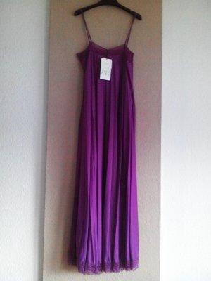 Plissee Midi- Trägerkleid in lila, Grösse M, neu