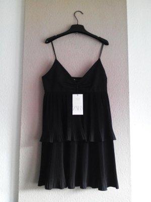 Plissee Träger-Minikleid in schwarz, Grösse M, neu