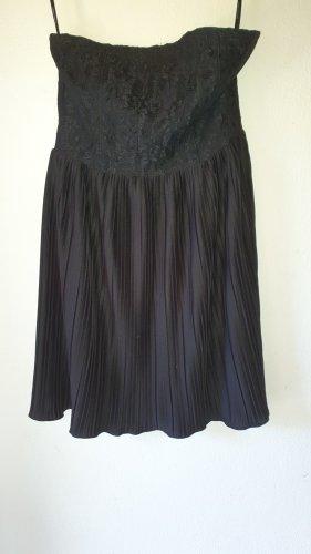 Plisseekleid schwarz Gr. 38