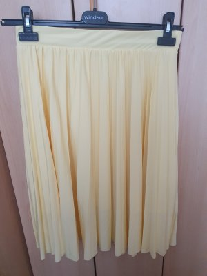 About You Pleated Skirt yellow