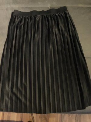 Janina Plisowana spódnica czarny