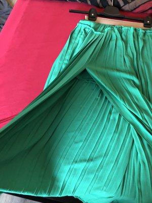 BCBG Maxazria Pleated Skirt green-mint