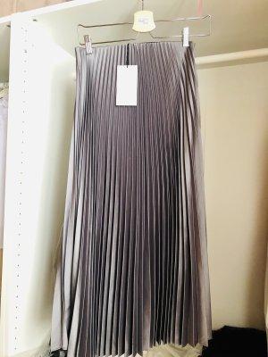 Zara Falda plisada color plata