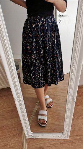 Pleated Skirt dark blue
