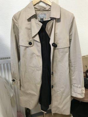 Plissierter Trenchcoat H&M