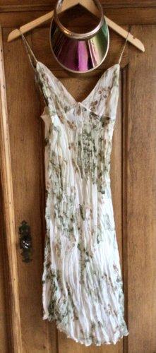 Plissiertes Georgette Kleid