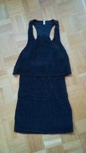 Plissiertes Kleid mit Ringerrücken