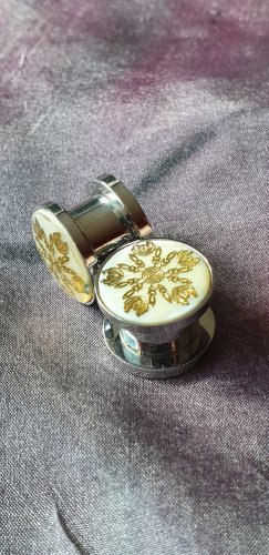 Plugs 10mm Goldene Blume & Perlmuttinlay