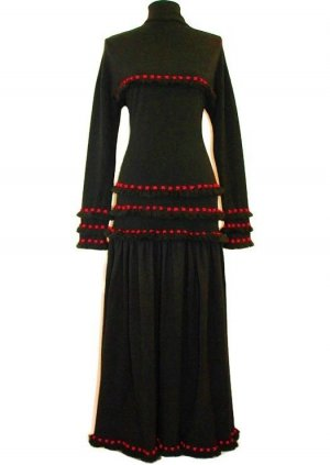 Woolen Dress black-red wool