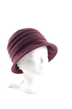 Chapeau cloche violet style d'affaires