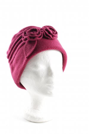 Fabric Hat pink street-fashion look
