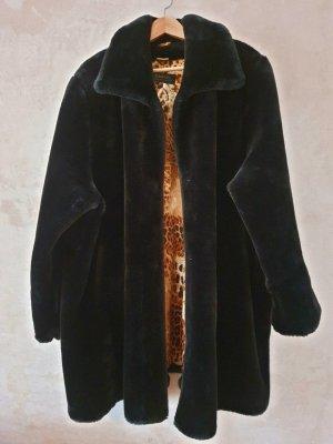 Pompoos Faux Fur Coat xxl