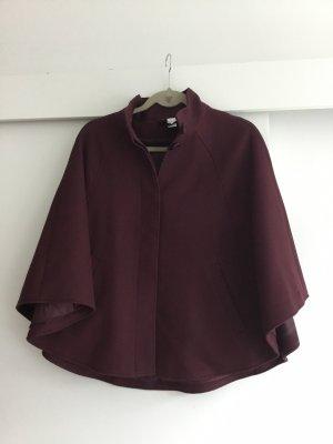 H&M Divided Capa rojo zarzamora-violeta amarronado