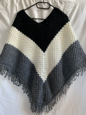 Poncho en tricot multicolore