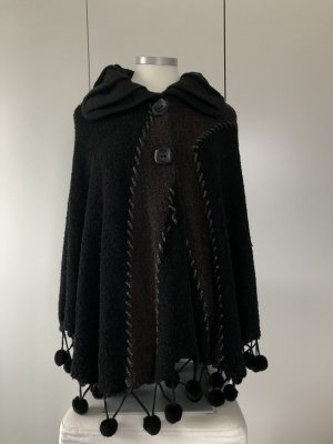 Alexa's Knitted Poncho black-brown