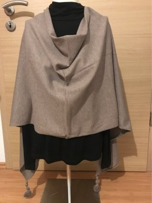 Betty Barclay Knitted Poncho beige