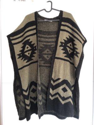 Poncho en tricot noir-gris vert