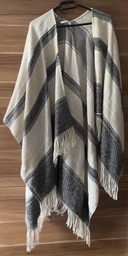Knitted Poncho white-oatmeal