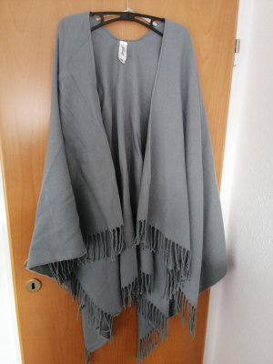 1982 Poncho gris oscuro