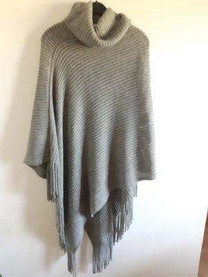 New Yorker Poncho in maglia grigio chiaro-grigio