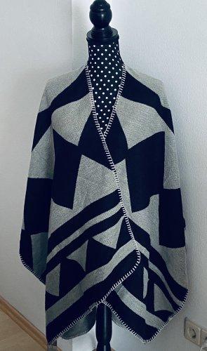 Poncho Ethno Muster grau|schwarz Einheitsgröße -Mm Sweet-