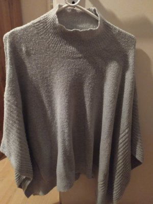 Oasis Knitted Poncho light grey