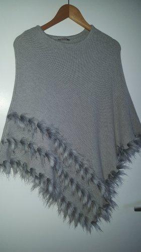Poncho gris claro