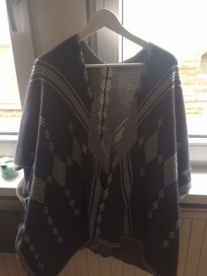 Knitted Vest dark grey-silver-colored