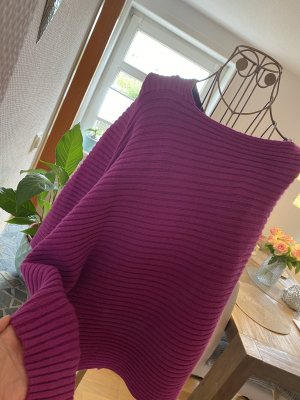 Manguun Knitted Poncho purple