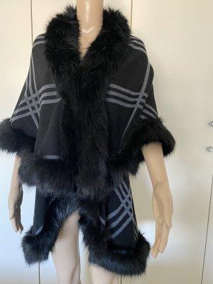 Poncho mit Ärmelloch faux fur neu ohne Etikett einheitsgrösse