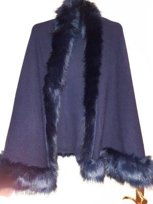 Katie Lampe Zillertaler Trachtenwelt Poncho dark blue